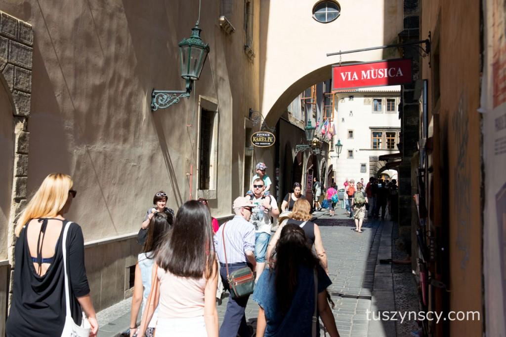 Praga - okolice głównego rynku.