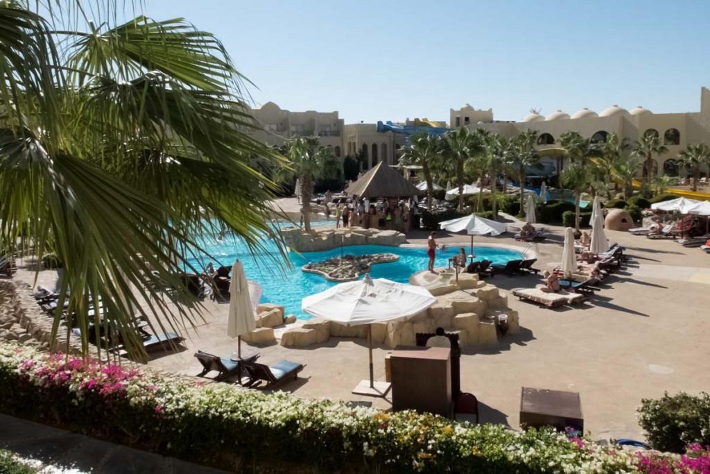 widok z balkonu The Three Corners Palmyra Resort