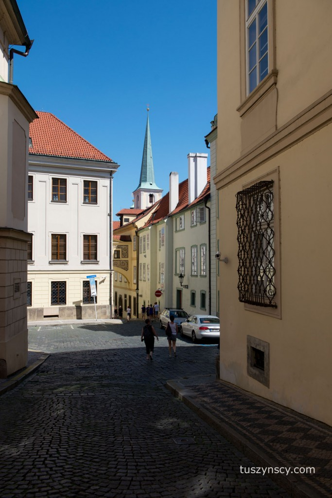 Praga - w drodze z rynku na Hradczany